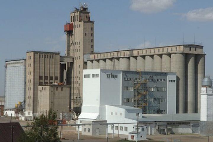 Алтайский край ключевской элеватор меняем топливный фильтр на транспортере