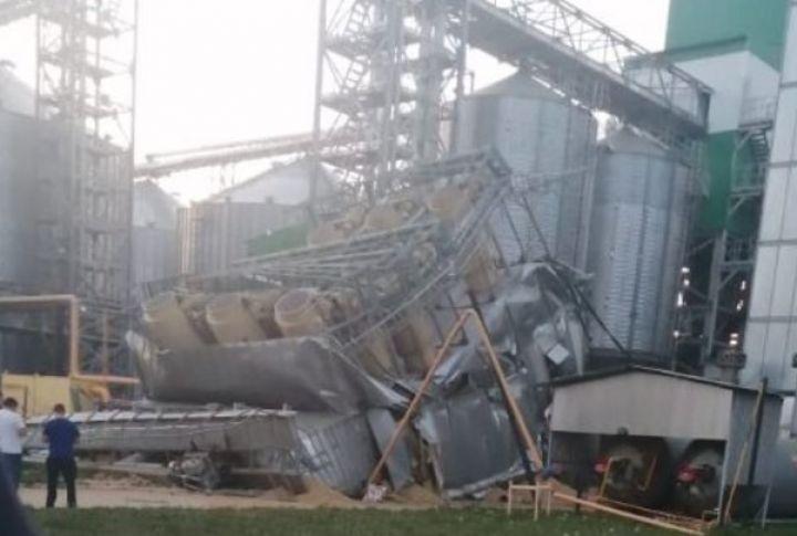 Элеватор в татарстане как снять печку на фольксваген транспортер