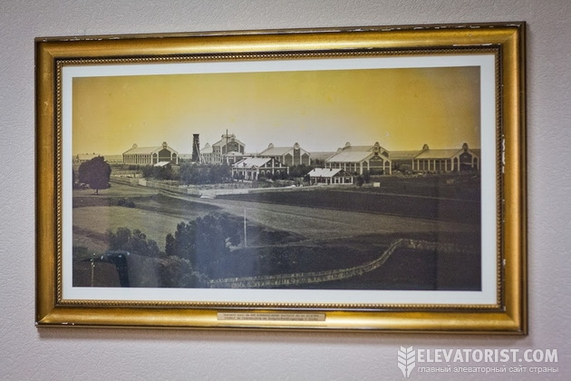 Фото старого завода