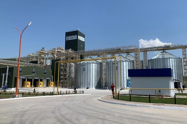 Силосы AGI, установленные на предприятии компании «НИБУЛОН»