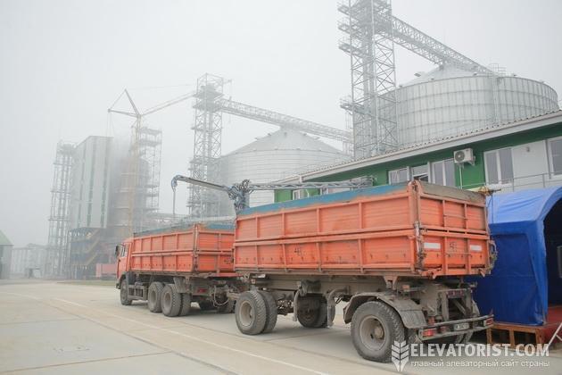 http://elevatorist.com/storage/Dubno/avto.jpg