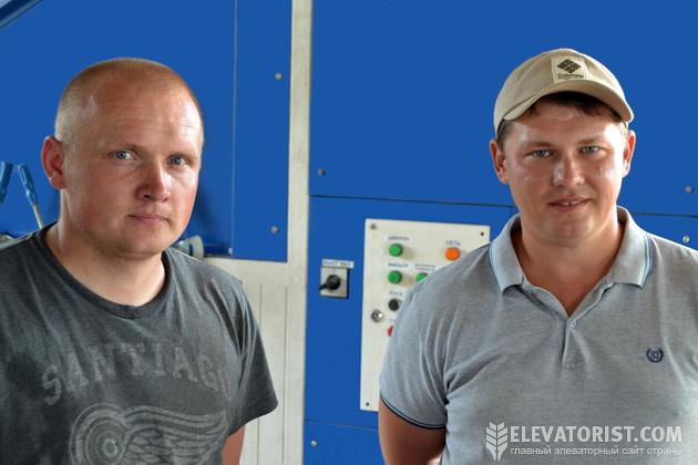 Дмитрий Пунтус и Андрей Ивановский на производстве