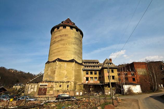 Мельница с башней элеватора в Дрездене