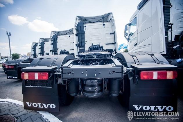 Тягачи Volvo