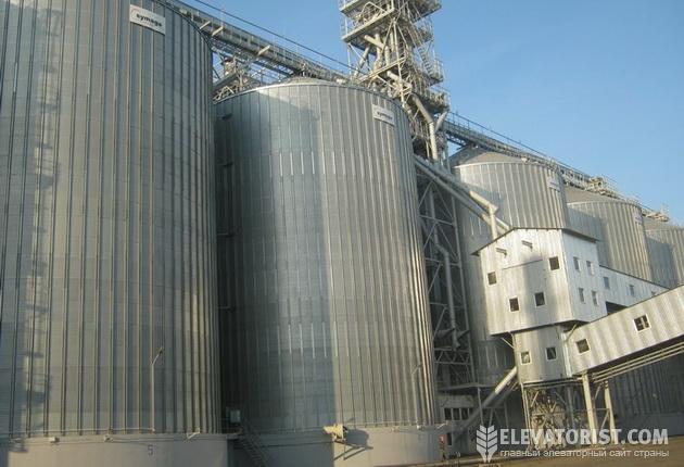 http://elevatorist.com/storage/bruklin%20p1/silos.jpg