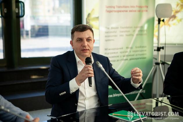 Алексей Грушко на заседании Круглого стола