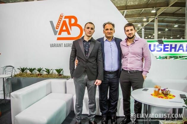 Основатель компании Саид Шуфани с сыновьями