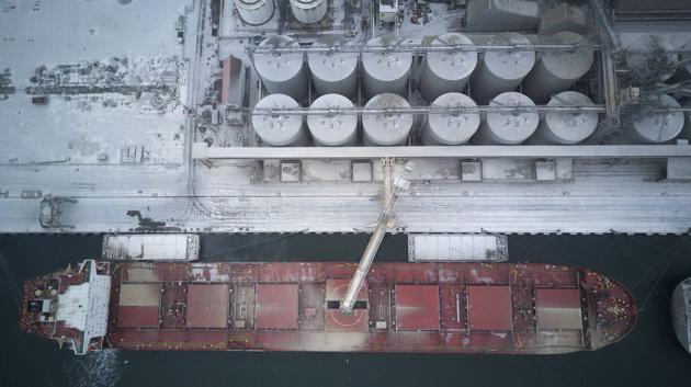 Погрузка на корабль