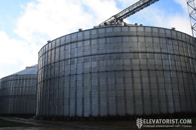 http://elevatorist.com/storage/elevatory/stepanovka/silos%20bol.jpg