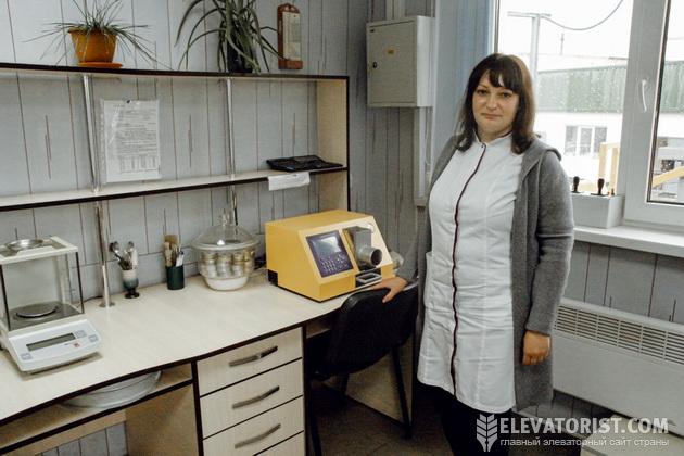 """Начальник ПТЛ """"Вольногорского элеватора"""" Наталья Халепа"""