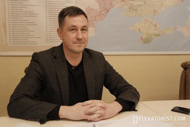 Дмитрий Шмокарев