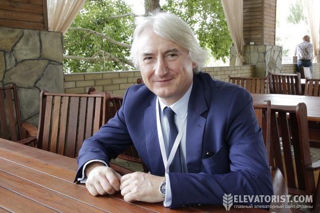 Валенти Сельвесюк