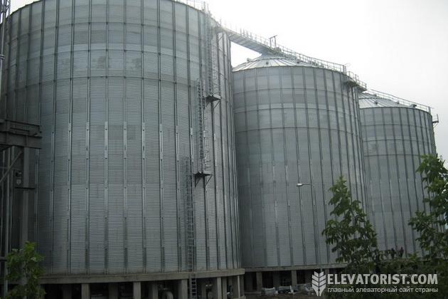http://elevatorist.com/storage/ist%20rostok/silos%20Rostok.jpg