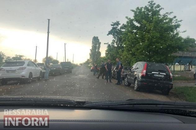 Правоохранители обыскивают фермера, который забрал зерно с «Измаильского элеватора»