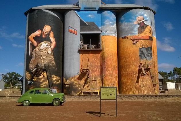 Работа Хеско Хоснарана на бункерах в Уитоле (Австралия)