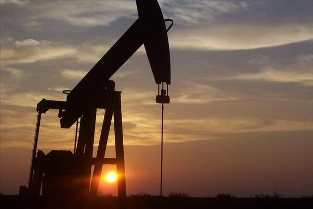 Нефтяные рынки рухнули в понедельник