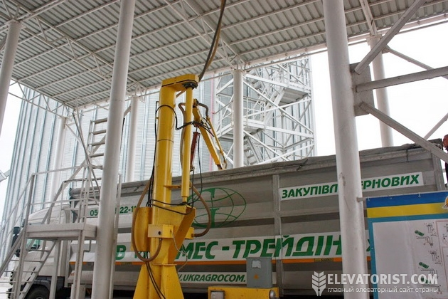 Приемка зерна на Светловодской речном терминале