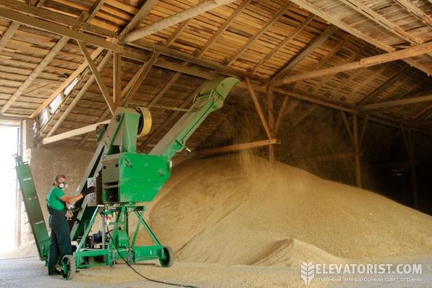 Пшеница в складе
